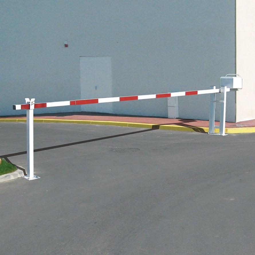 Manual Arm Barrier