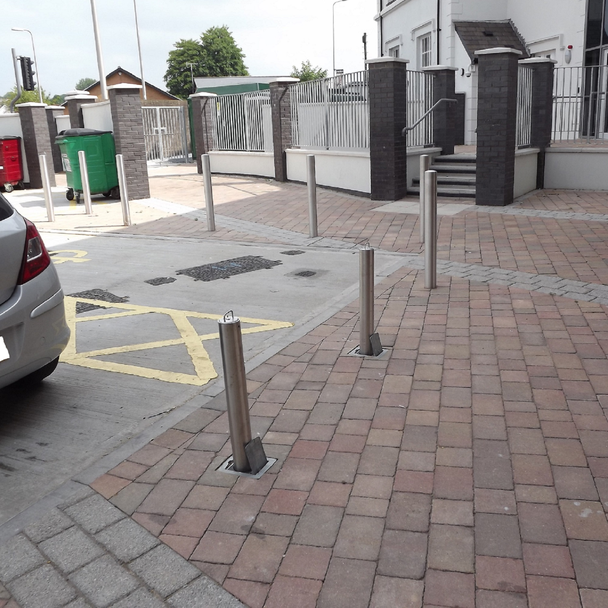 76mm Stainless Steel Telescopic Bollard