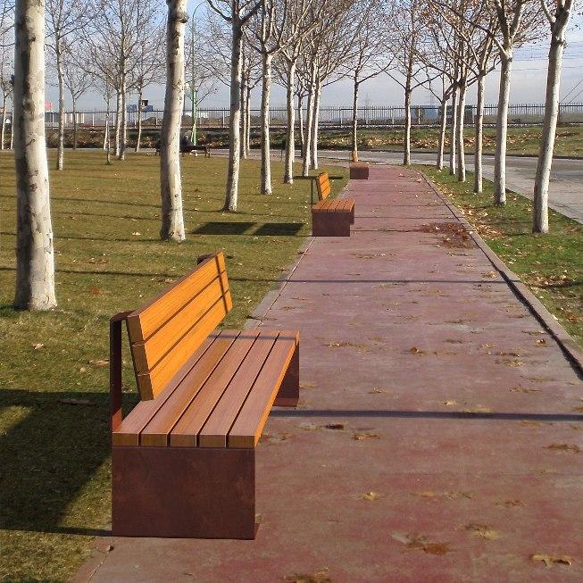 Coia Corten Steel Seat