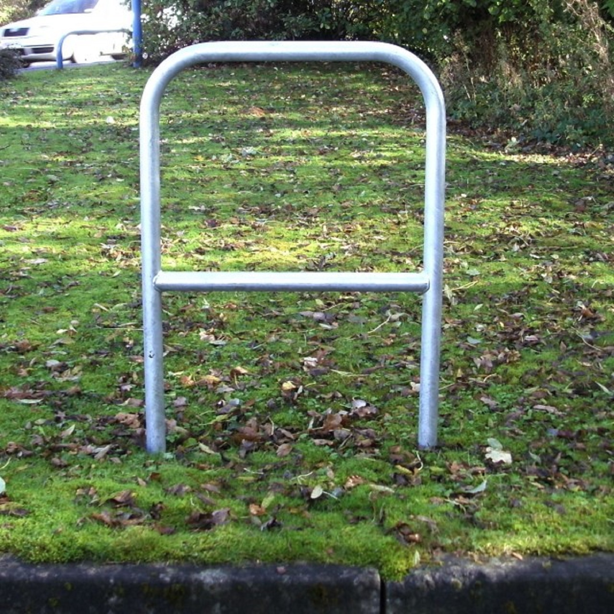 Sheffield Cycle Stand Mid Rail
