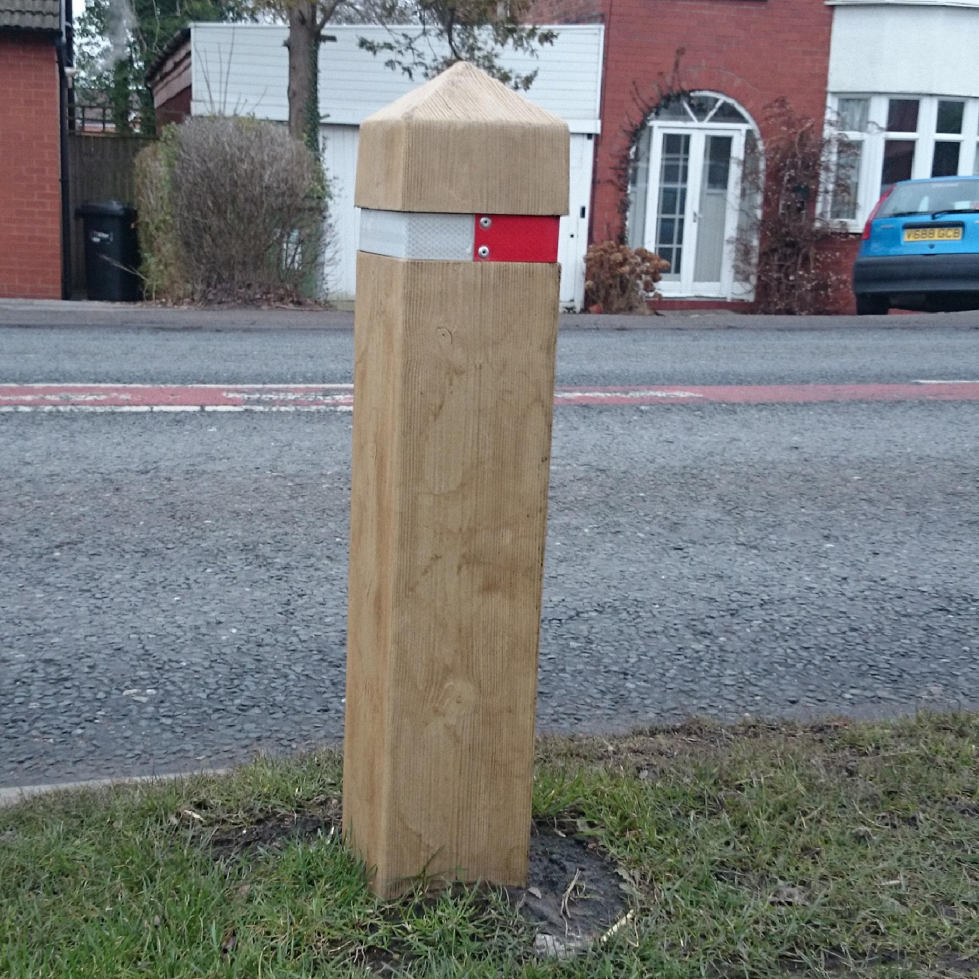 Timber Bollard